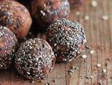 Crunchy-cluster-balls-imageWEB